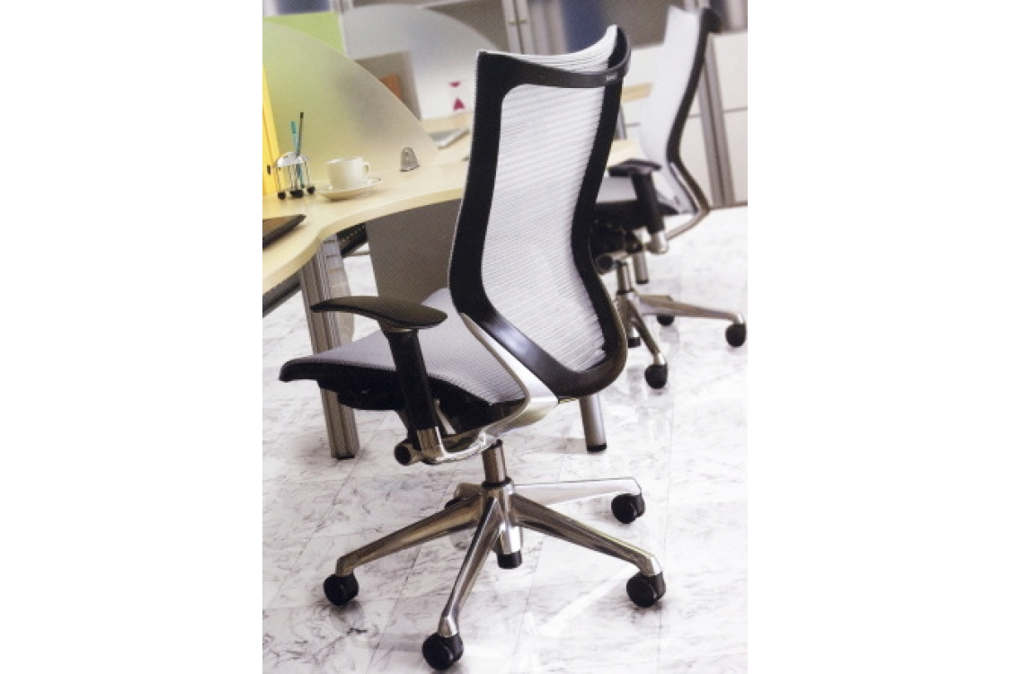 Офисное кресло Okamura CP стандарт
